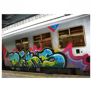 PIKS #piks #belgiumgraffiti #paintedtrains #traingraffiti #graffititrain #benching #bombing #panel #trainbombing #trainart #railwriters #rsa_theyardsgraffiti #rsa_theyards #royalsnappingartists