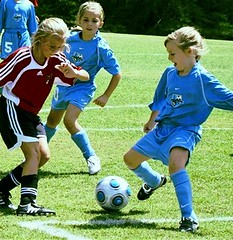 football player, ball, soccer kick, kick, play, sports, competition event, tackle, player, football, women's football, ball, team,
