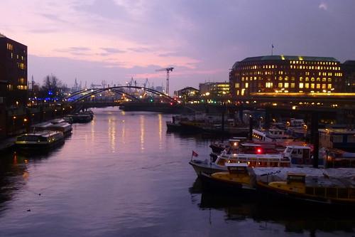 sunset twilight sonnenuntergang ships hamburg dämmerung hafen schiffe habour