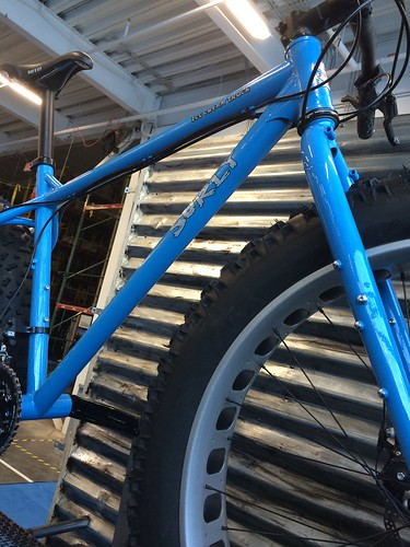 Cropped, right side view of the center portion of  blue Surly Ice Cream Truck fat bike