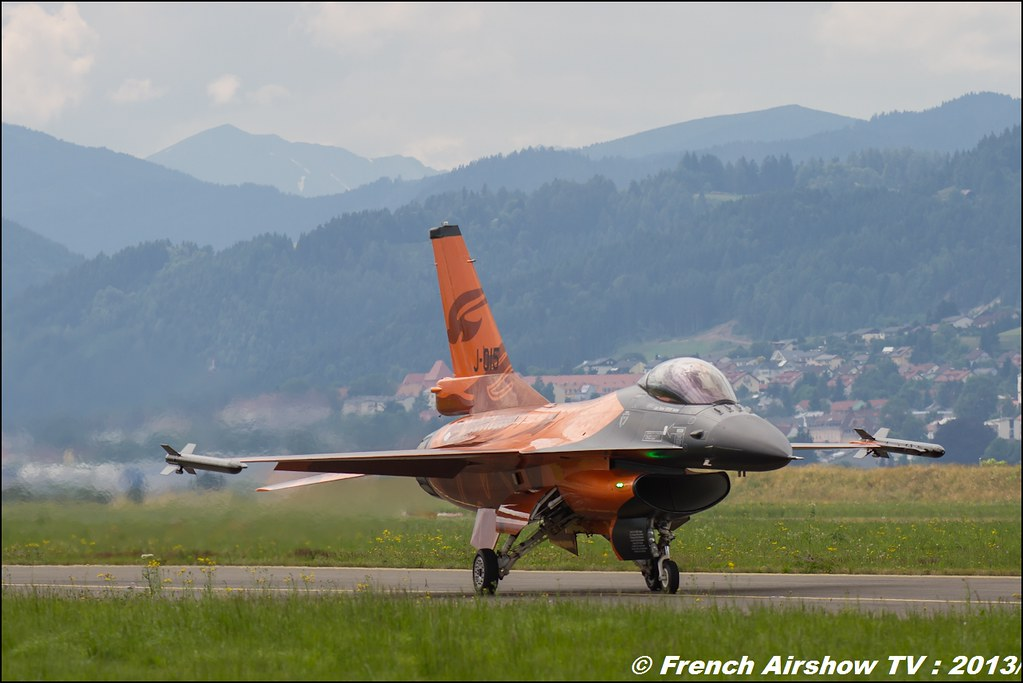 f-16 RNLAF AT AIRPOWER 2013 2013