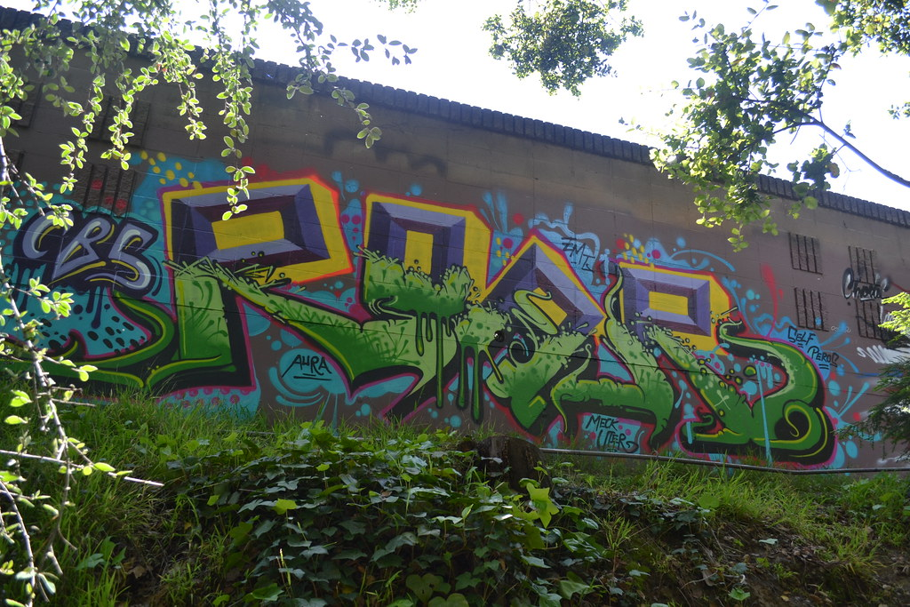 ROAR, CBS, EMT, Graffiti, Oakland, the yard, MECK, UTER,