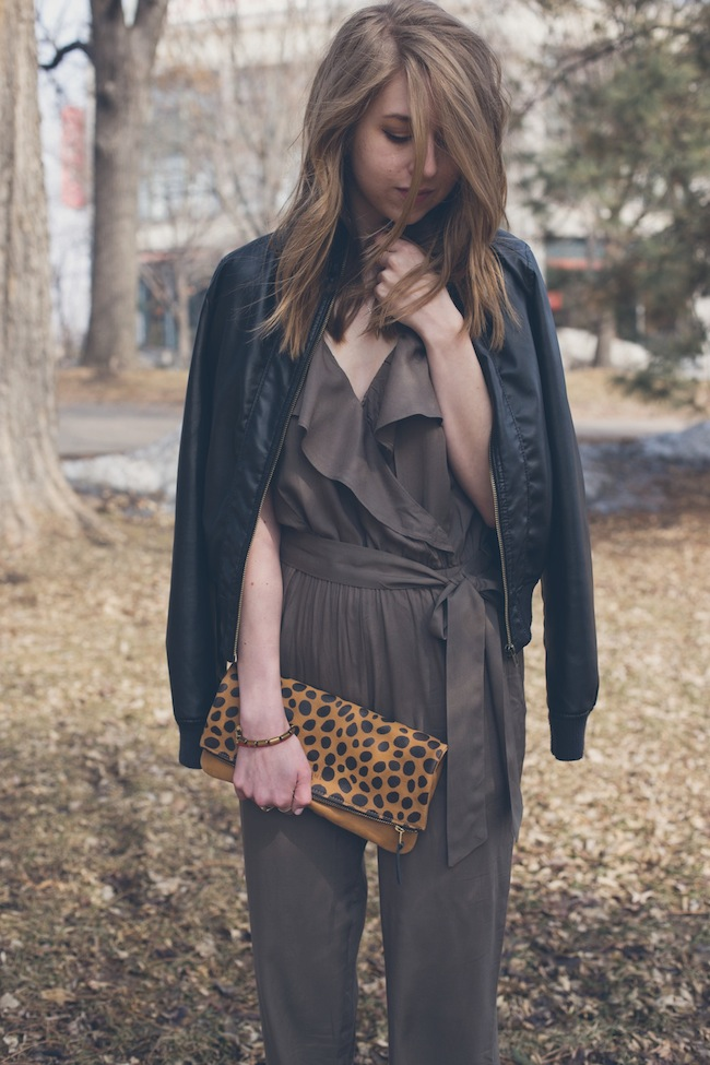 chelsea+lane+zipped+truelane+blog+fashion+style+minneapolis+blogger+american+eagle+romper+leather+jacket+snakeskin+chiara+gerragni+steve+madden+tnyc+slip+on+daame6