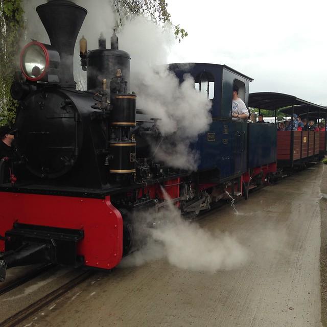 1:1 garden railway 14015900956_691f1f590f_z