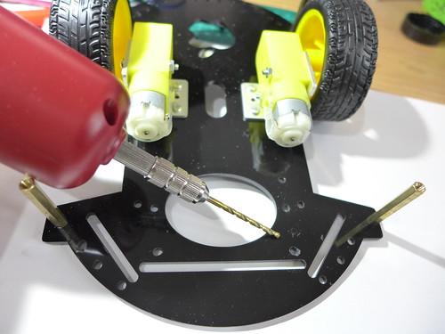 小車鑽孔與配置
