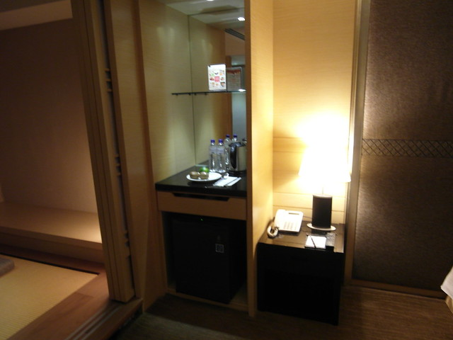 minibar 與電話機@日月潭大飯店