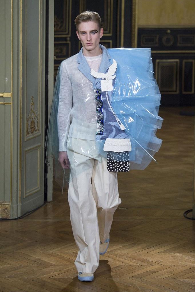 Jeroen Smits3206_FW15 Paris Walter Van Beirendonck(fashionising.com)