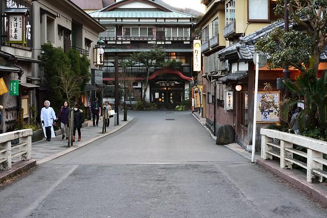 箱根湯本の温泉街の写真