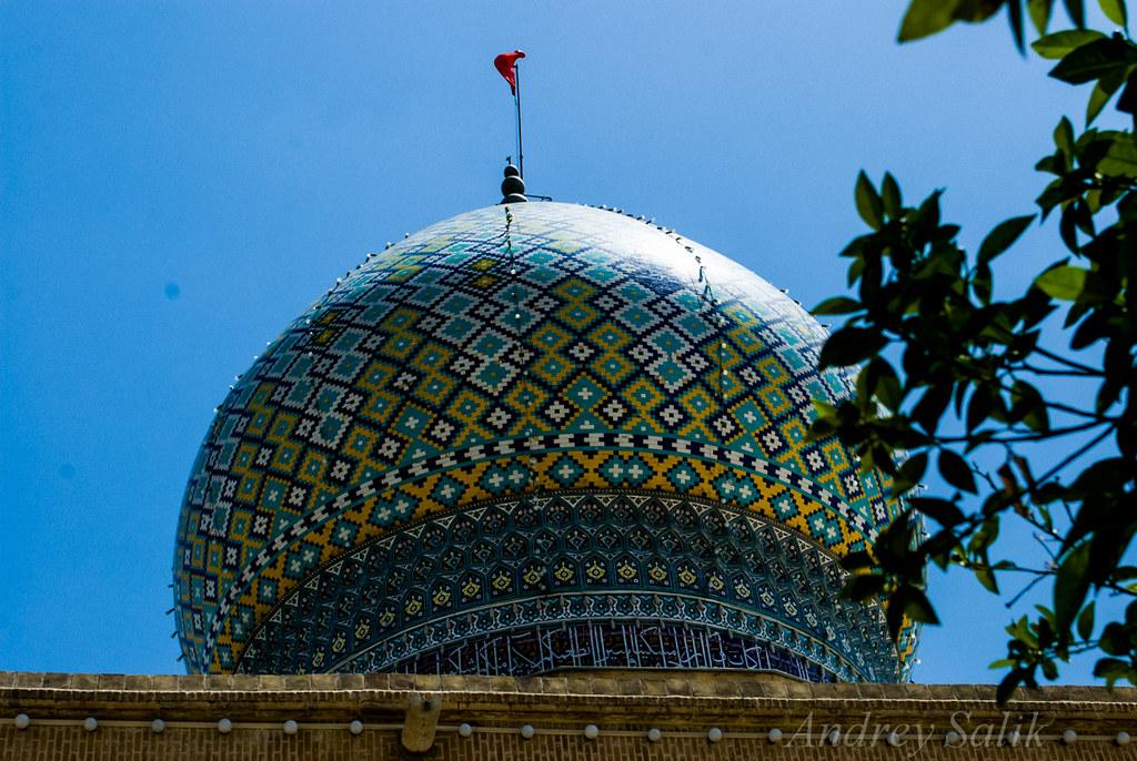 09:27:18 Зеркальная мечеть Mirror mosque Imamzadeh-ye Ali Ebn-e Hamze  DSC_2042