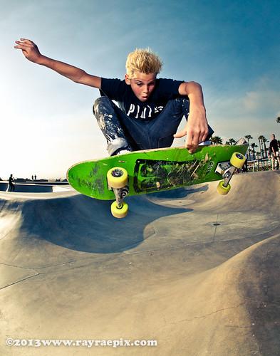 Paris Brosnan 5-31-13 Venice Skatepark