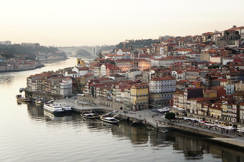oLdy OPORTO by *manuworld*
