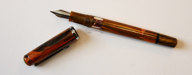Noodler's Konrad Flex Fountain Pen Uncapped