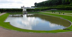 Water garden at Château de Villandry