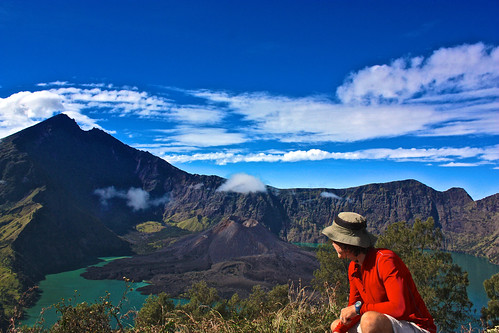 Looking on at Rinjani