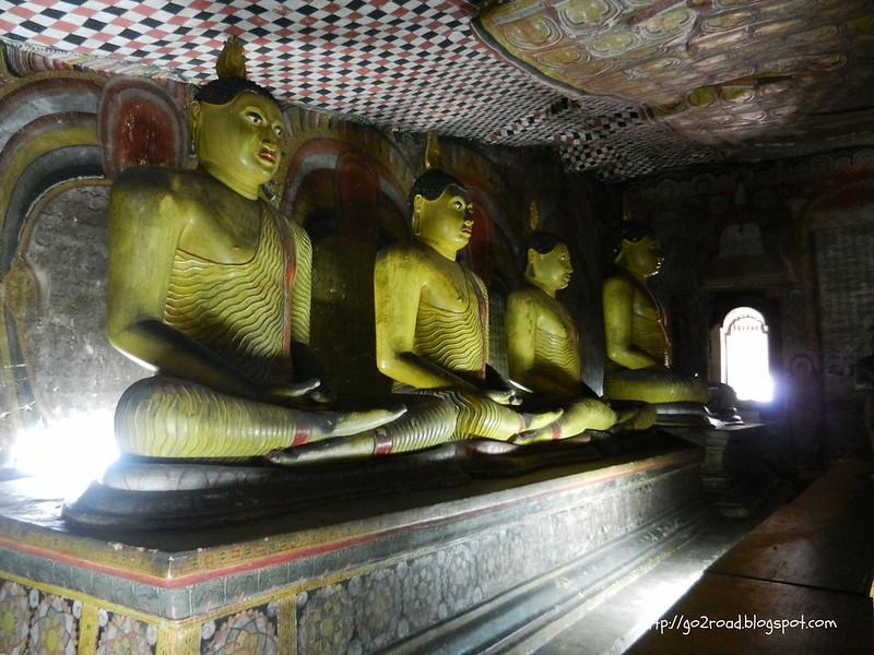 Будды в Дамбулле