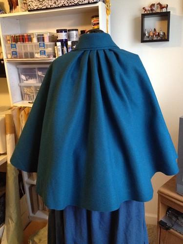 Short Cloak Back