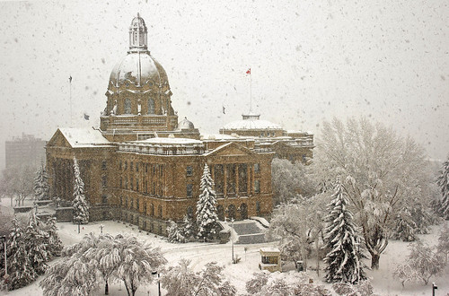 albertalegislature legislativegrounds edmonton springsnowfall canada alberta winterscene architecture day pwwinter snow 200favs