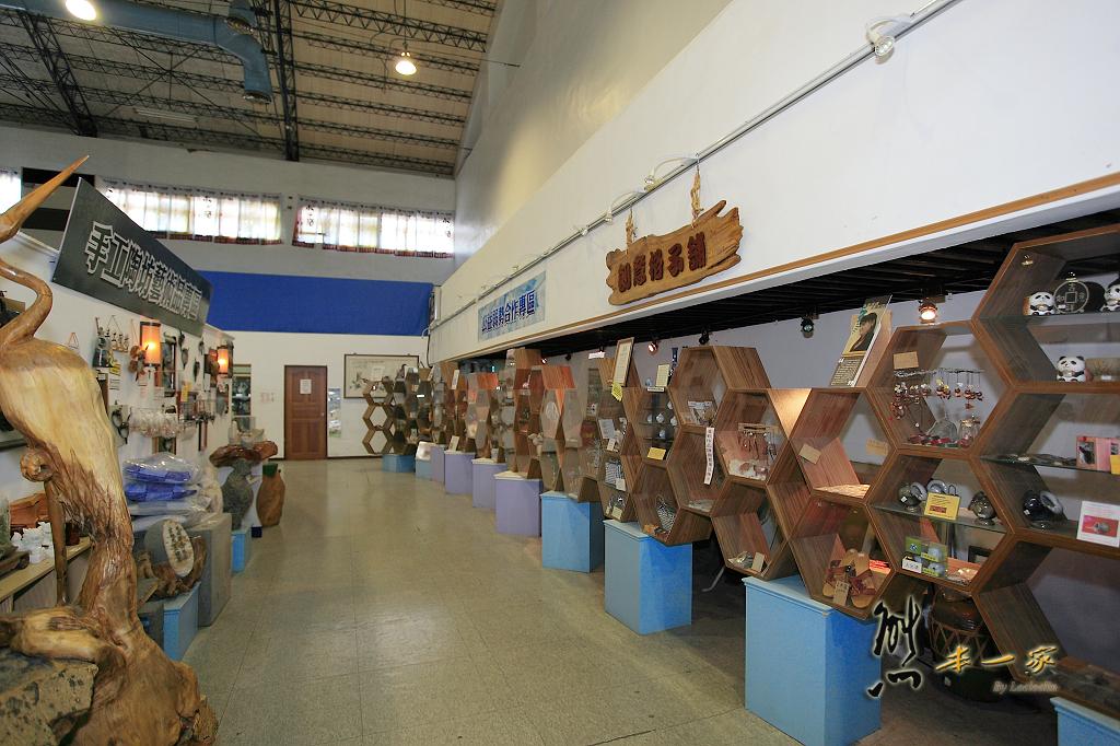 花蓮觀光酒廠|世界最大金箔牆|花蓮觀光工廠|花蓮景點