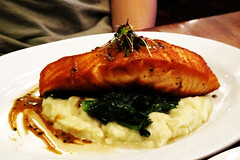 Pan Roasted Salmon with Sriracha Sauce