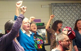 "Singing ""Solidarity Forever"" - 3 year anniversary of Solidarity Sing Along, WORT FM 89.9 ""Access Hour"""