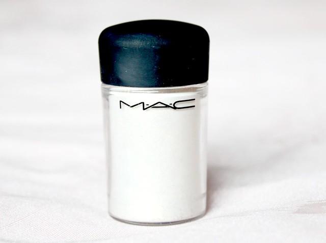 MAC Vanilla Pigment.jpg