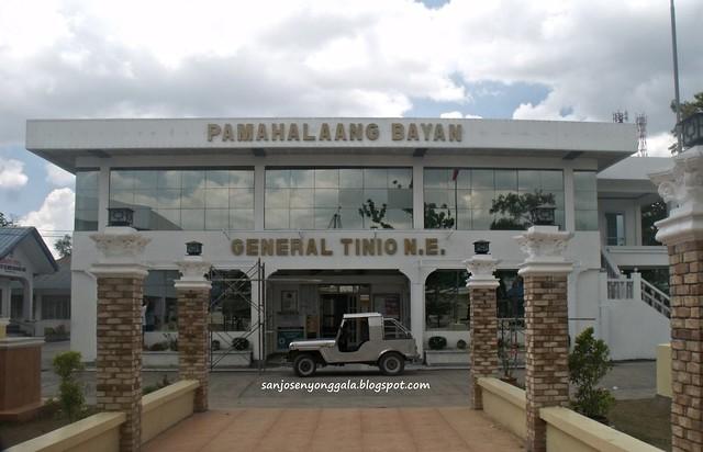 General Tinio ( Papaya) Municipal Hall