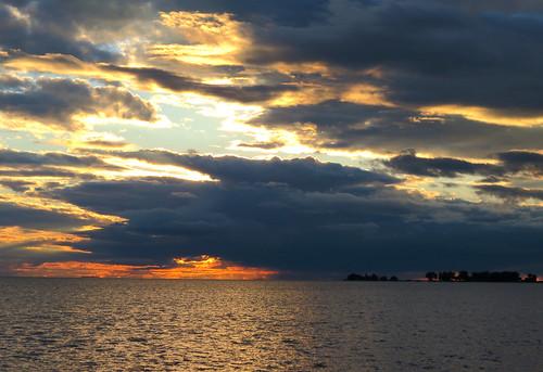 sunset lake ontario canada clouds canon bay kent stclair powershot september chatham 40 mitchells 2012