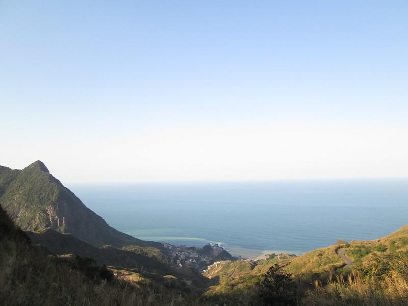 半山腰的景色。