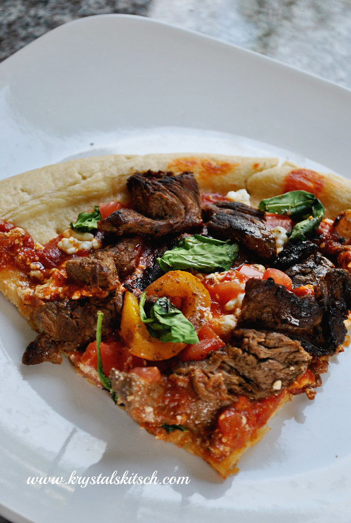 Easy fajita pizza recipe that pairs nicely with pinot noir wine!
