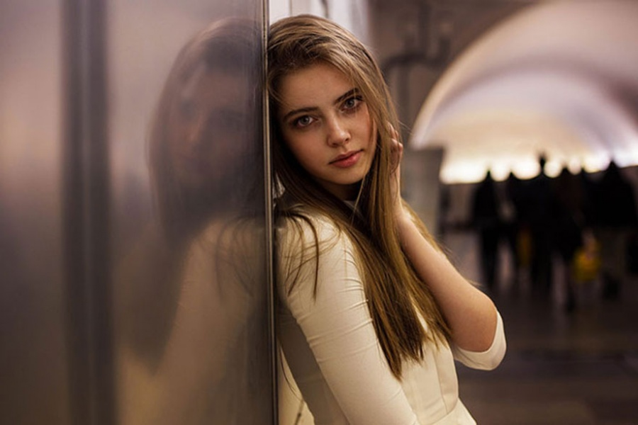 13376660-R3L8T8D-900-different-countries-women-portrait-photography-michaela-noroc-5-moscow-russia