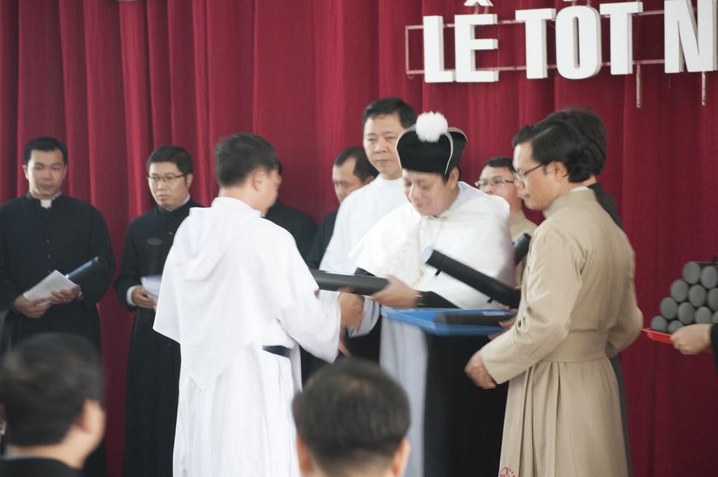 Chúc mừng hai tân Cử nhân Thần học thuộc giáo xứ