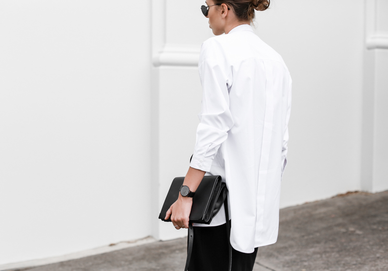 MODERN LEGACY fashion blog street style black and white oversized shirt Alexander Wang bag Larsson Jennings watch workwear (1 of 1)