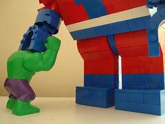 Giant Man vs Hulk