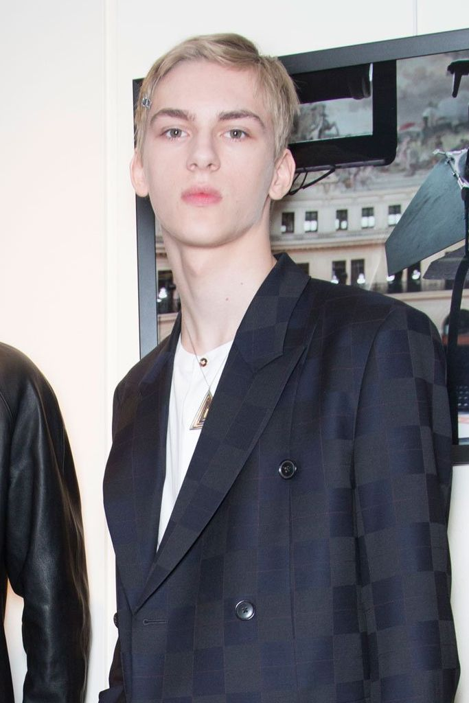 Dominik Sadoch3261_2_1_FW15 Paris Paul Smith(fashionising.com)