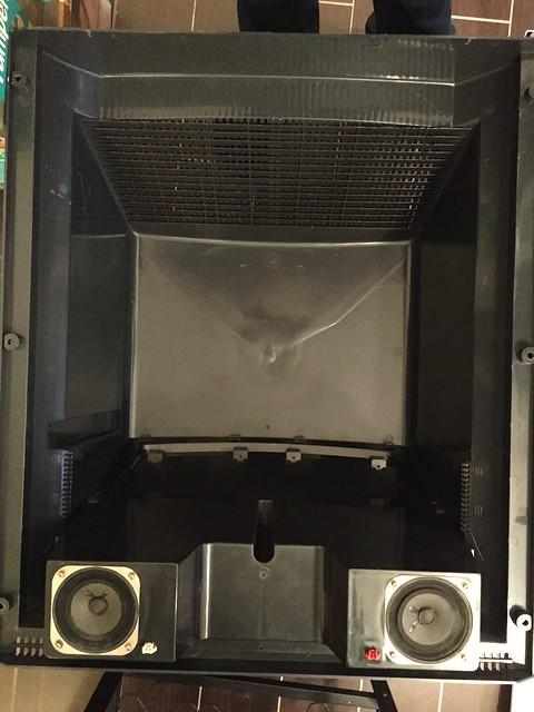 NAOMI Universal Cabinet - capot arrière