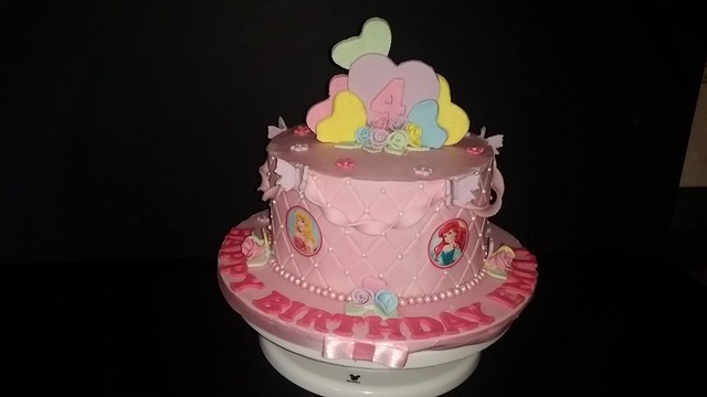 Anita Lewis' Cake