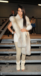Kim Kardashian Beige Jeans Celebrity Style Women's Fashion