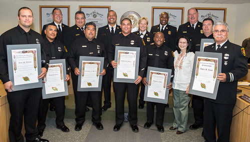 LAFD Recognizes Firefighters that Save Captains Life & Fire Commissioners