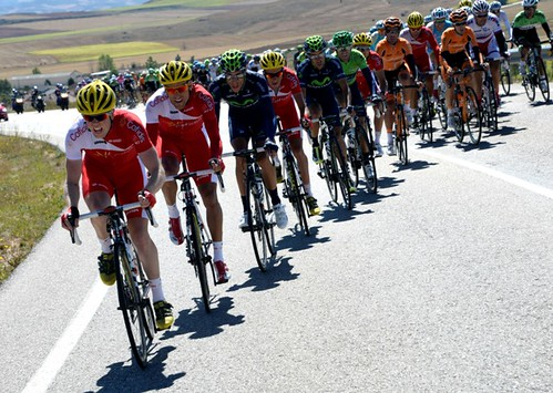 Cofidis chase on stage eighteen of the 2013 Tour of Spain