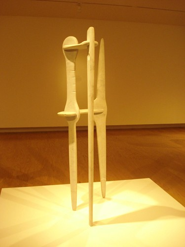 DSCN8804 _ The White Gunas (Abstract Sculpture), 1946, Marble, Isamu Noguchi (1904-1988), Norton Simon Museum, July 2013