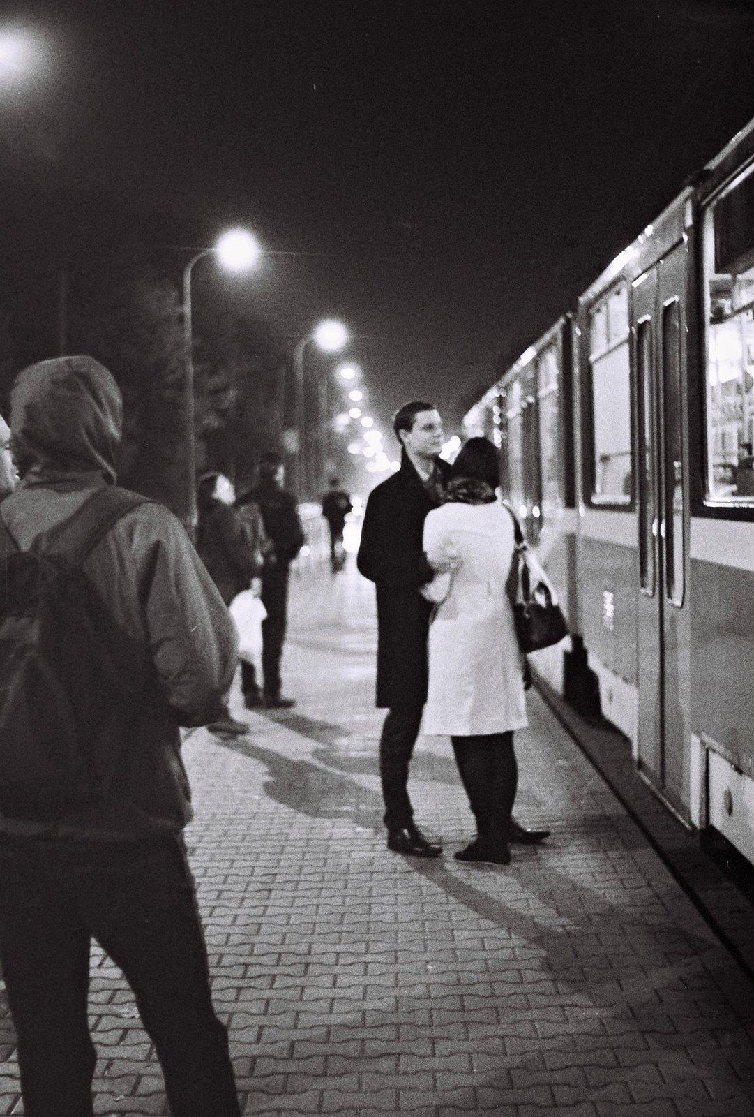Praktica BC1 - Couple at Tram Stop