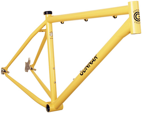 <p>Gunnar Ruffian Single Speed with Paragon Slider dropouts finished in Bamboo with Black Bullseye Decals.  65780</p>