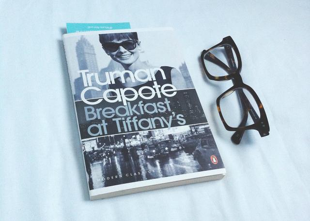 uk lifestyle book blog vivatramp