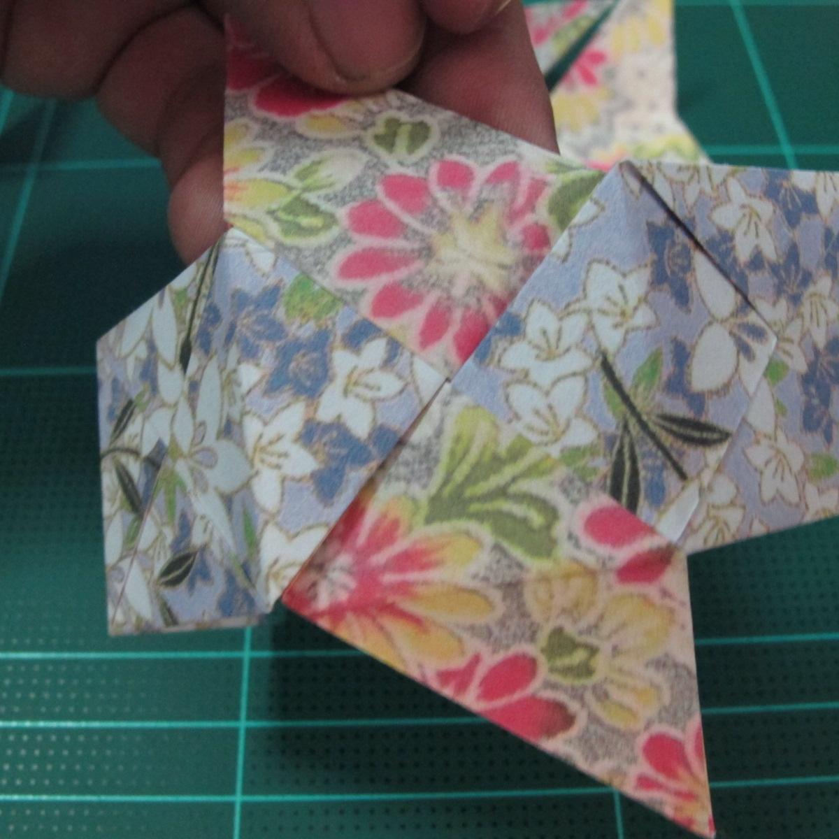 การพับกระดาษเป็นรูปเรขาคณิตทรงลูกบาศก์แบบแยกชิ้นประกอบ (Modular Origami Cube) 022