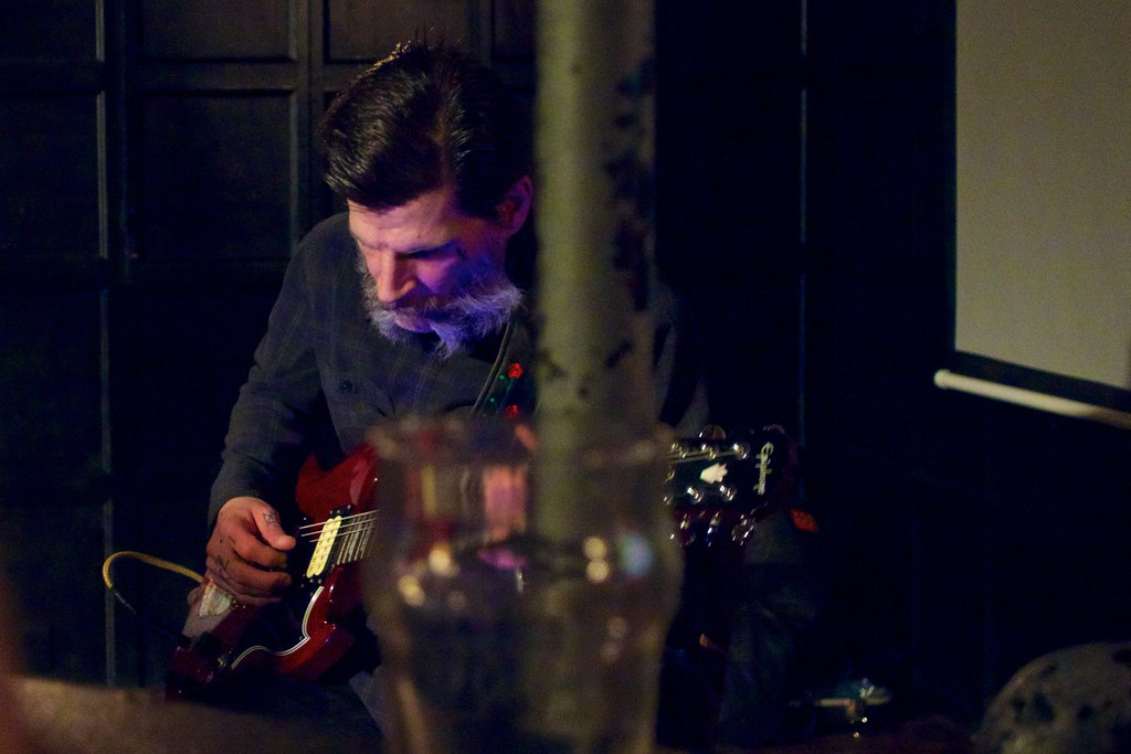 Dylan Carlson plays songs from the forthcoming Earth album… | Flickrflickr-free-ic3d pan white