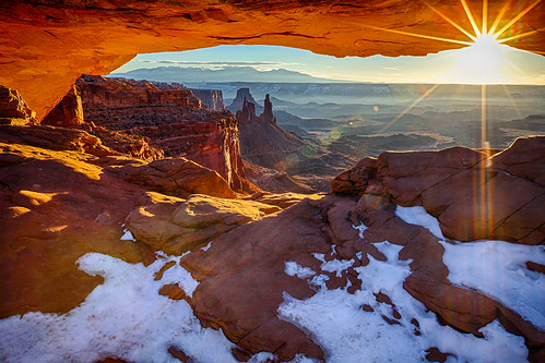 park morning winter cliff usa sun snow southwest tourism sunrise landscape outdoors utah us ut sandstone rocks arch desert nps plateau spires scenic tourist erosion canyonlandsnationalpark coloradoriver canyonlands flare moab geology redrock rim overlook canyons hdr mesa rugged buttes mesaarch reflectedlight navajosandstone islandsinthesky naturalarch 1on1sunrisesunsets earthnaturelife rozannehakala