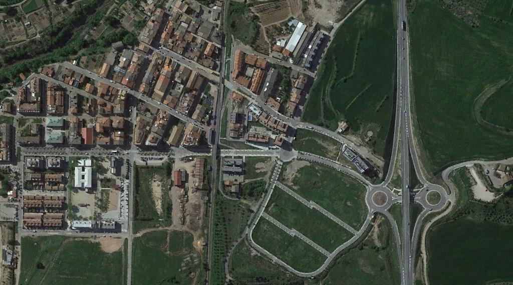 callús, barcelona, insertar broma con caillou, después, urbanismo, planeamiento, urbano, desastre, urbanístico, construcción, rotondas, carretera