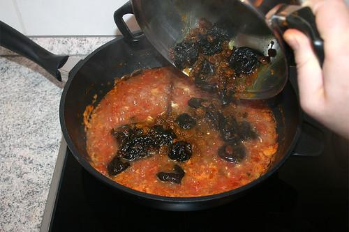 46 - Pflaumen & Rosinen dazu geben / Add plums & raisins