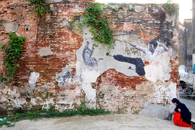 Bruce Lee kicking cats, Georgetown, Penang, Malaysia