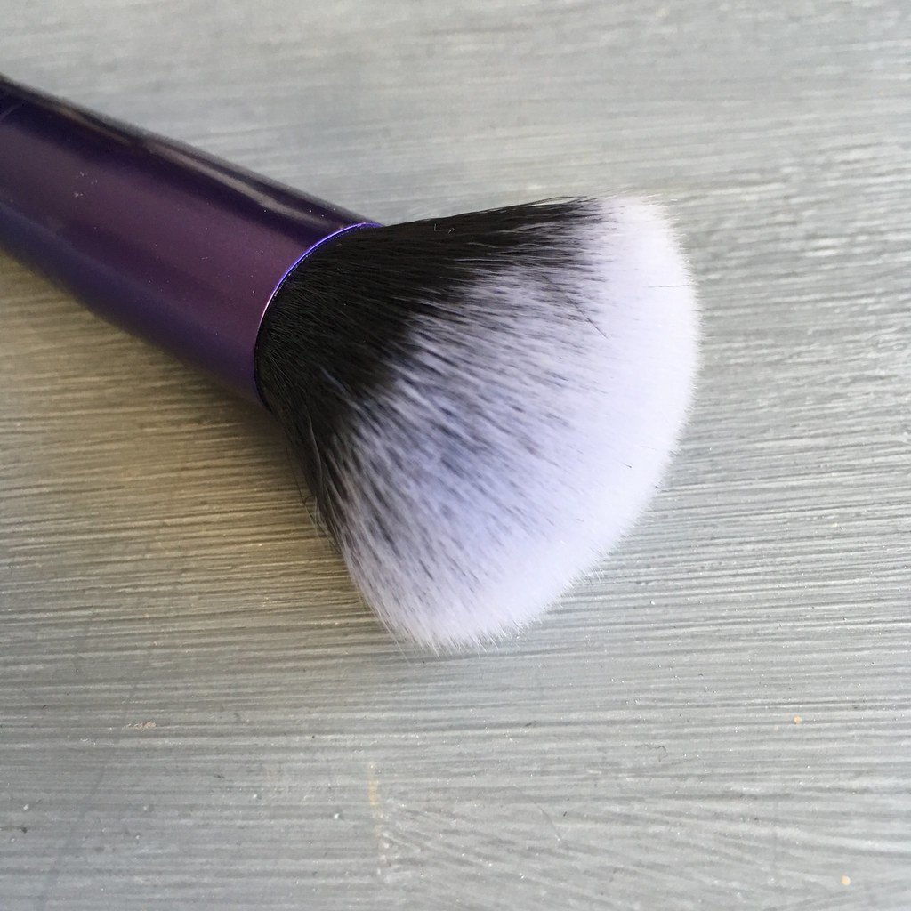 Brush Works Multi Tasking Brush Review